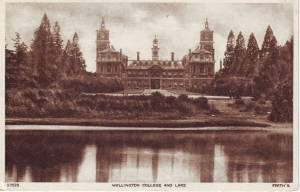 Wellington College and Lake